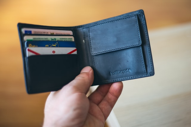 portofel-cu-carduri